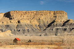 Red Roofed Cabin Utah Wilderness Badlands Stock Photography