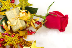 Red Rose with Golden Gift Royalty Free Stock Images