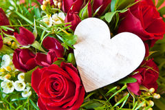 Red roses with a blank heart Royalty Free Stock Photos