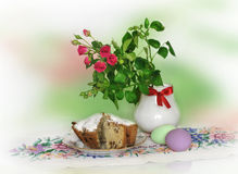 Red roses and Easter eggs Royalty Free Stock Photography