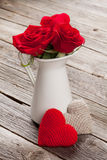 Red roses and hearts Royalty Free Stock Photography