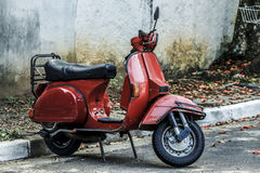 Red scooter Royalty Free Stock Photography