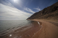 The Red Sea Shore. And chain mountain of Dahab, Egypt Royalty Free Stock Images