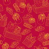 Red seamless pattern with boxes of presents Royalty Free Stock Photos