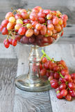 Red seedless grapes Stock Images