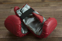 Red and silver boxing gloves Royalty Free Stock Photos