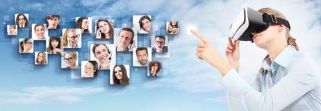 Red social y concepto global del contacto Foto de archivo libre de regalías