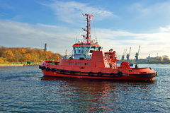 Red Tug Seascape, in the harbor Stock Photos