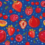 Red vector pattern with fruits and berries Royalty Free Stock Photos