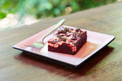 Free Red Velvet Brownie Cake In Square Plate On Wooden Table Royalty Free Stock Photo - 90108015