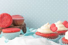Free Red Velvet Heart Cupcakes With Cream Cheese Frosting And A Red Heart For Valentine`s Day. Top View With Copy Space Royalty Free Stock Image - 173007326