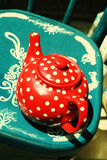 Red vintage teapot Royalty Free Stock Photos