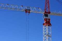 Red and white construction crane Royalty Free Stock Photos