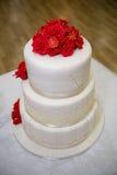 Red white wedding cake Royalty Free Stock Photos