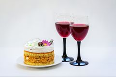 Red wine and biscuit cake Stock Images
