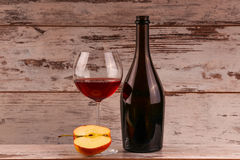 Red wine on a black background Royalty Free Stock Photos