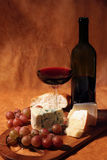 Red wine and cheese Royalty Free Stock Photos