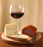 Red wine with italian cheese and capocollo Royalty Free Stock Images
