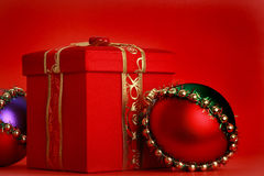 Red xmas present box Royalty Free Stock Photos