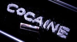 Redacte la cocaína en una nota del espejo y del euro 50 Fotografía de archivo