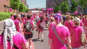Redactie - van de borstkanker van Avon de voorlichtingsgang stock footage