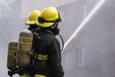 RedactieFlatgebouwbrand stock foto's