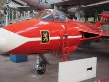 Redakcyjnego myśliwego myśliwa odrzutowego historyczny samolot na pokazu b zdjęcie royalty free