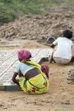Redakcyjny illustrative wizerunek Biedna pracownik kobieta w India Fotografia Royalty Free