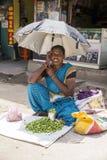 Redakcyjny illustrative wizerunek Biedna pracownik kobieta w India Obrazy Stock