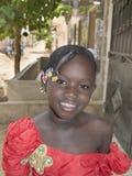 Redakcyjny podpis: M'Bao, Senegal, Afryka †'Sierpień 6, 2014: Dziecko w ulicie na uczta dniu Zdjęcie Royalty Free