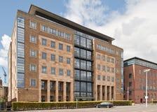Redaktörs- bild av kontorsbyggnad i Newcastle på Tyne, UK Royaltyfri Foto