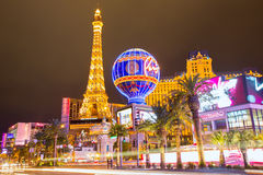 Redaktörs- bruk endast Las Vegas Nevada Strip på natten Arkivfoton