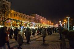 redaktionell Kyiv/Ukraine - Januar, 13, 2018: Weihnachtsdekorationen auf Sophia Square in der Mitte von Kiew, Ukraine stockfotografie