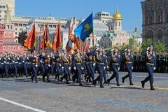 redan strid 40 kommer för fascismblommor för dagen stora hjältar för evig härlighet som hedern lägger emellertid minnesmonument m Royaltyfria Bilder
