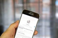 Reddit app en Samsung S7 Foto de archivo
