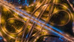 Rede da vista aérea ou interseção da estrada da estrada para o fundo do conceito do transporte ou da distribuição fotografia de stock