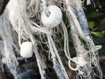 Rede de pesca com opinião lateral do flutuador branco da espuma plástica imagem de stock royalty free