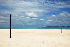 Rede de Valleyball na praia Imagens de Stock