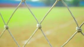 Rede do objetivo do futebol no estádio vídeos de arquivo