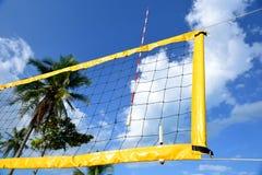 A rede do voleibol da praia. Imagens de Stock