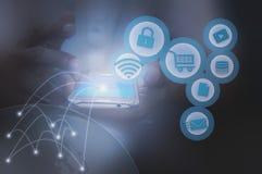 Rede e móbil sociais Foto de Stock
