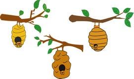 Rede eller vespiary av lösa bin som isoleras på vit bakgrund Illustration för vektortecknad filmnärbild - Bildvectorielles royaltyfri illustrationer