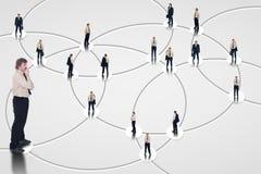 Rede social analisada para oportunidades de negócio Fotografia de Stock Royalty Free