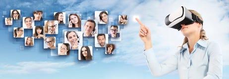 Rede social e conceito global do contato Fotografia de Stock Royalty Free