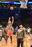 Redes contra o basquetebol dos touros no centro de Barclays Foto de Stock Royalty Free