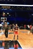 Redes contra o basquetebol dos touros no centro de Barclays Imagens de Stock