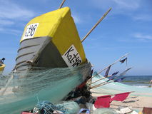 Redes de pesca do anúncio do barco Fotos de Stock Royalty Free