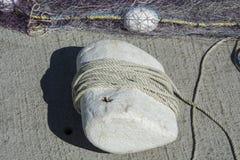 Redes de pesca e boias e corda imagem de stock royalty free