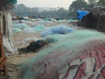 Redes de pesca en la orilla Fotografía de archivo libre de regalías