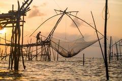 Redes de pesca tailandesas, aparejos de pesca imagen de archivo